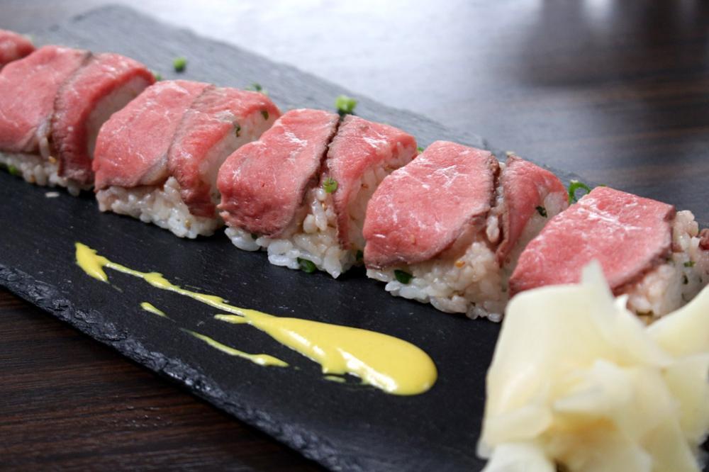 赤うしローストビーフの押し寿司