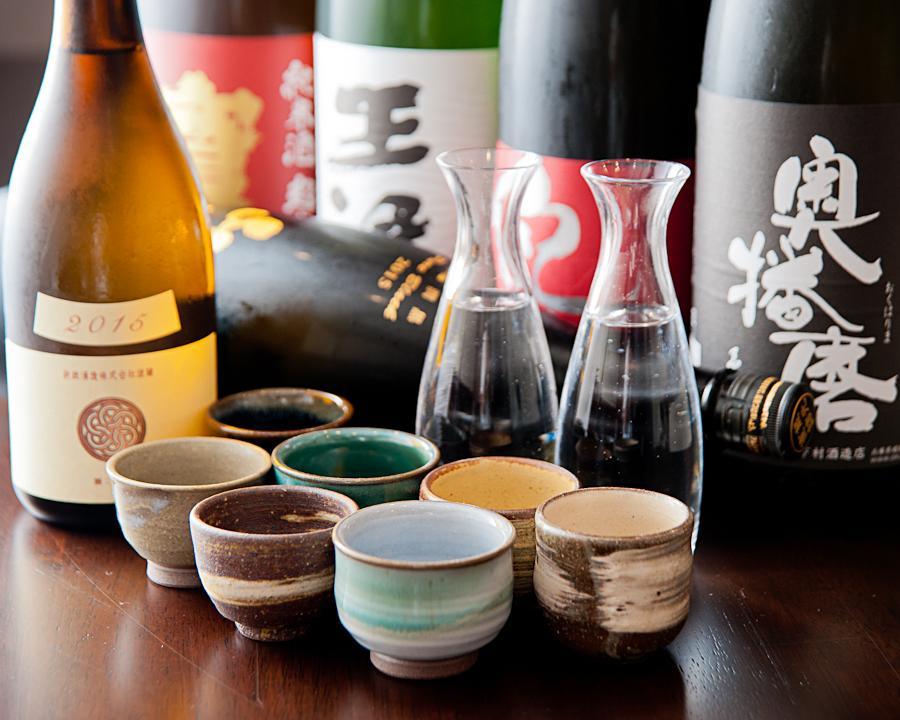 こだわりの日本酒とおいしい生ビールと豊富なドリンク