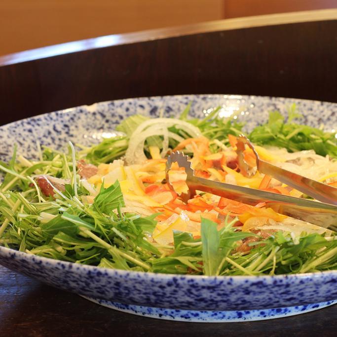 野菜がたのしい自然食ビュッフェ