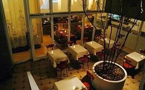 interior cafe COTO