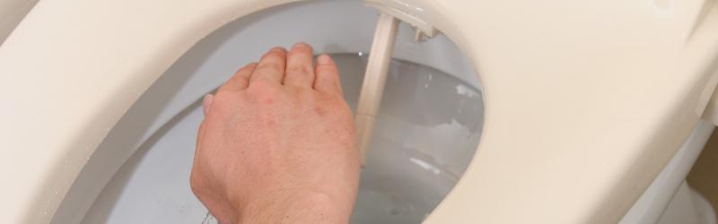 シャワートイレの水道修理